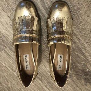 Steve Madden Gold Shoes. Size 6.